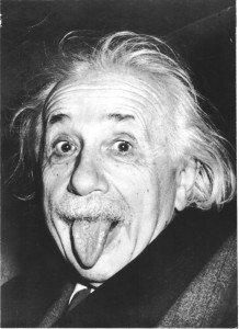 portrait-albert-einstein-16-218x300 dans C'est si bon de rire, il faut savoir sourire de tout, et aussi de soi dit en passant !